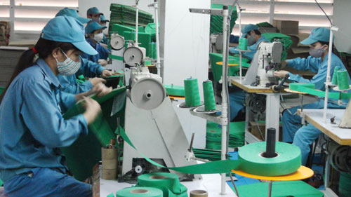 Hanoi increases activities realizing laborers' rights