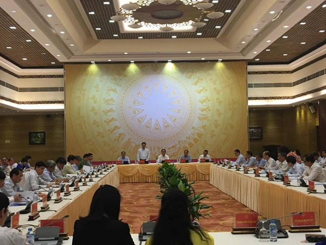President urges thorough preparation for APEC 2017