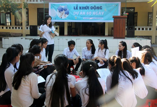 Students in Ly Son receive free summer lessons