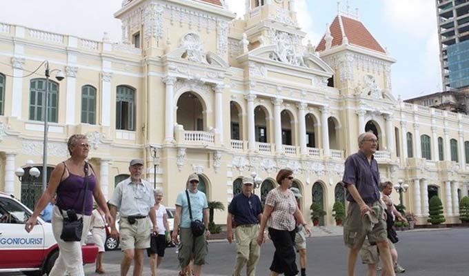 Southern city welcomes over 2.77 million foreign tourists in first half