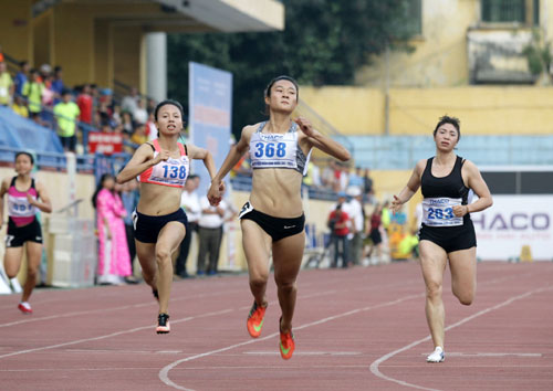 """Vietnam """"harvests"""" golds in Thailand Open Track and Field Championships 2017"""