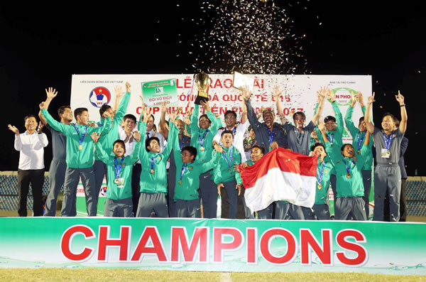 Vietnam misses championship at 2017 Tien Phong plastic U15 tournament
