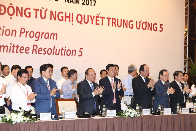 PM: Private enterprises strive to contribute 50-60 pct of GDP