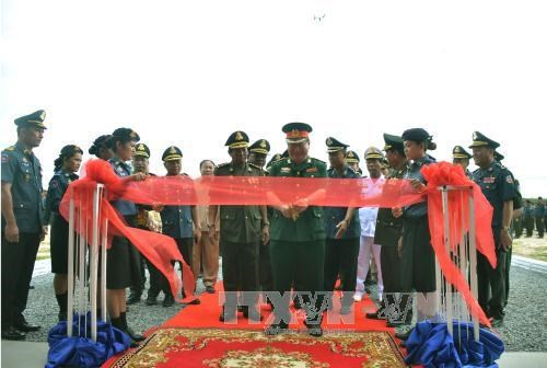 Cambodia military officials praise Vietnam's assistance