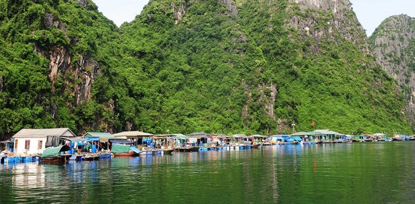 Cua Van fishing village among Top 22 fairytale towns