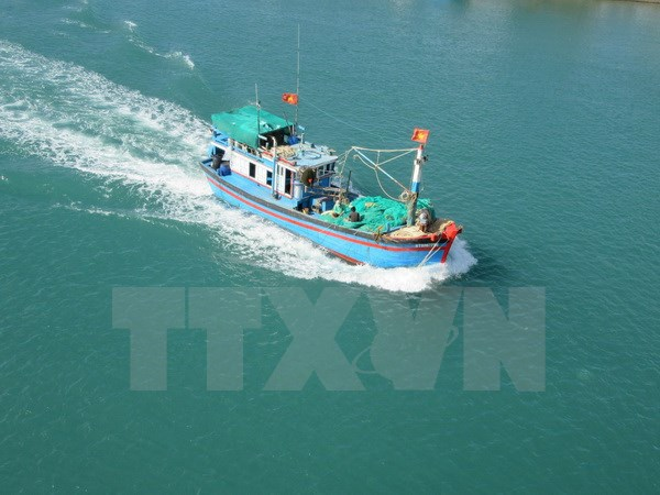 Vietnam, Indonesia FMs talk about shooting of Vietnam's fishing boat