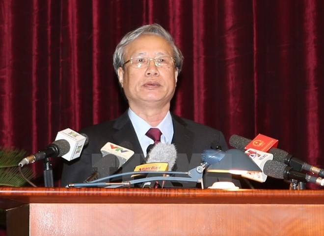 Tran Quoc Vuong takes on Party Secretariat permanent member assignment