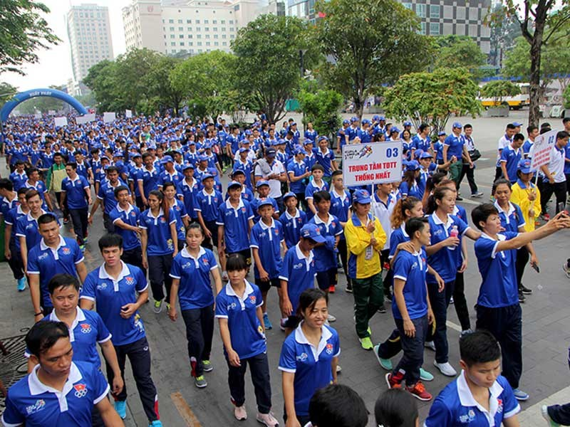 Ho Chi Minh city: Around 5,000 people walk for SEA Games