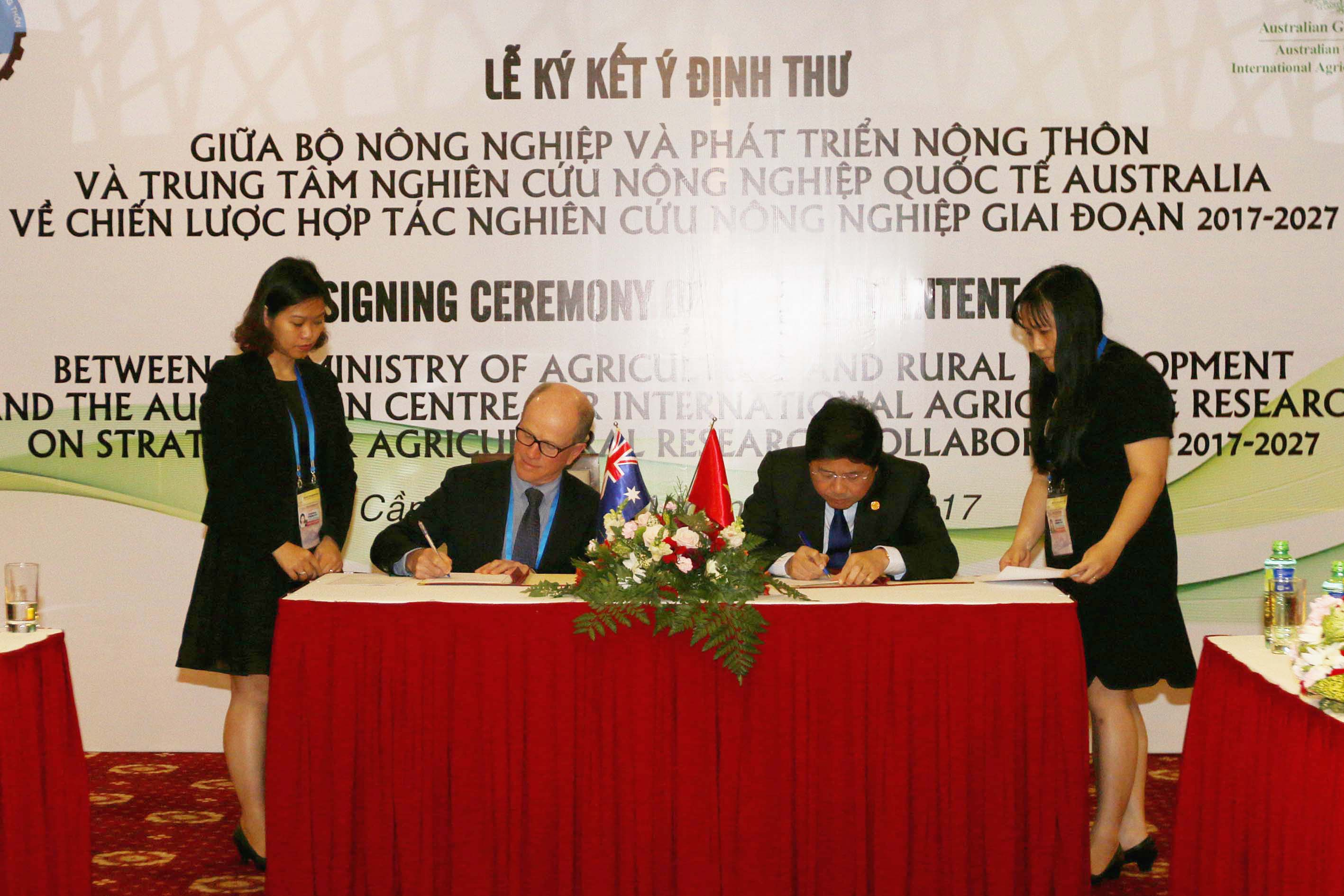 Australia and Vietnam commit to a long-term partnership in agricultural research