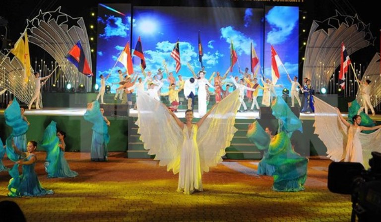 ASEAN music dance and song festival 2017 in Vinh Phuc