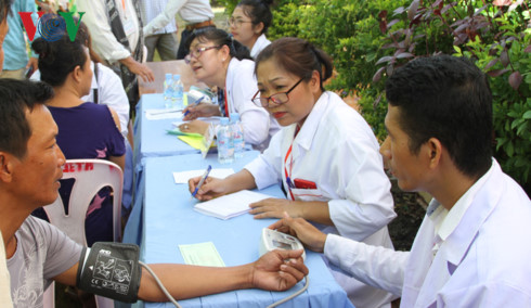 Vietnamese Cambodian Physicians Association cares for public health