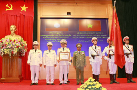 Public Security Ministry honored with Lao Order