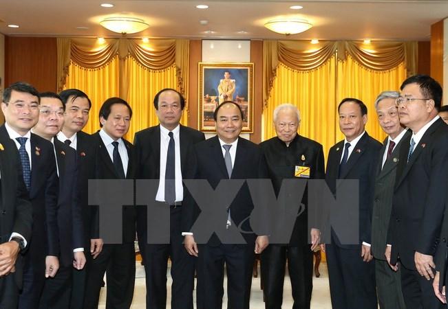 PM meets head of Thailand's Privy Council, top legislator