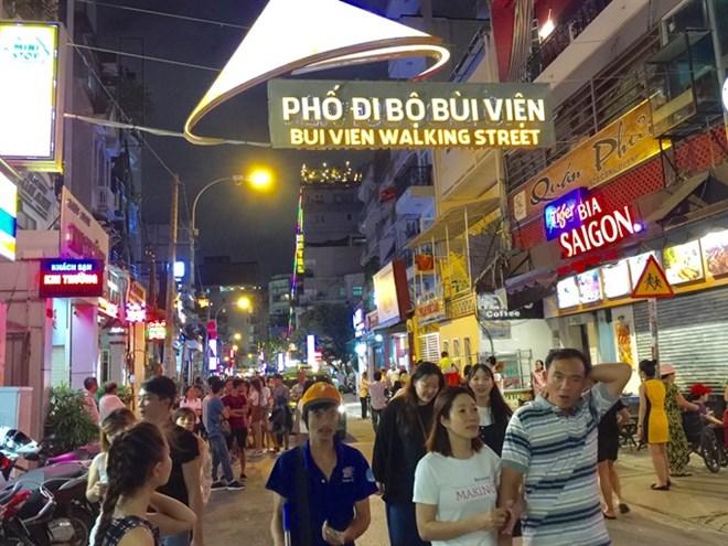 HCM city: Bui Vien pedestrian street opens for tourists