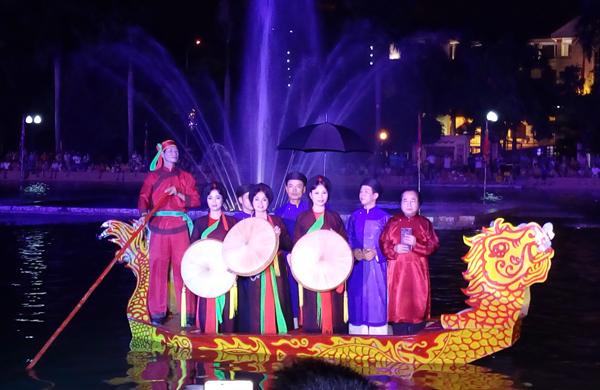 Regular Quan ho singing performance in Bac Ninh