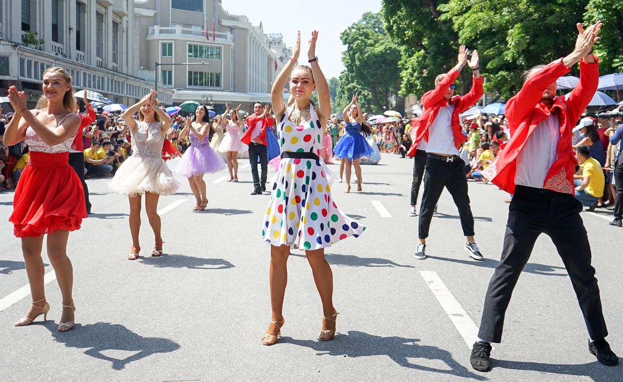 International carnival at Hanoi pedestrian street