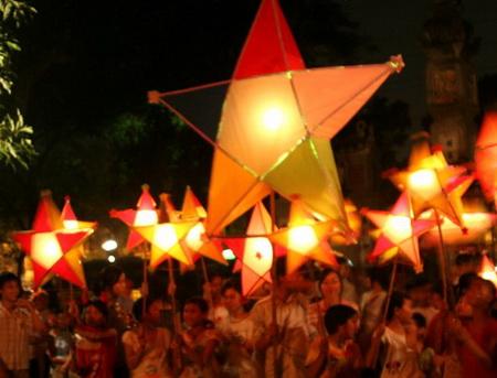 Mid-Autumn festival 2017 for children in Hanoi
