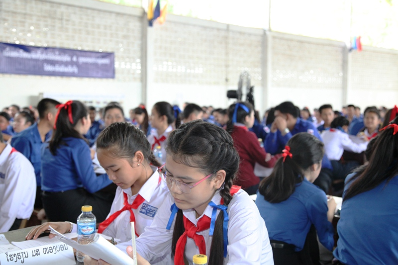 Lao students study Vietnam-Laos friendship and cooperation