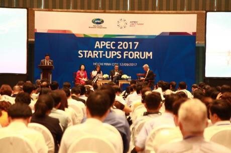 Over 300 delegates attend APEC 2017 Start-ups Forum