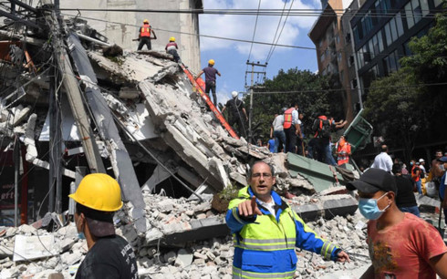 Strong earthquake in Mexico kills more than 200 people