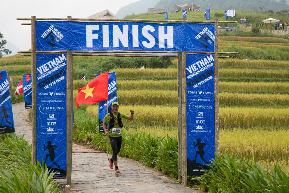 Vietnamese wins 100km at Vietnam Mountain Marathon 2017