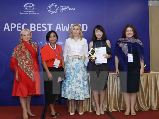Vietnamese businesswomen win APEC Award