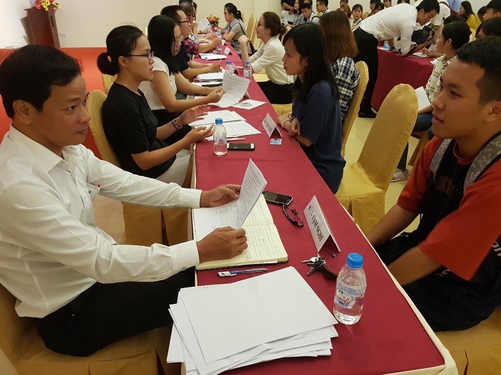 Friendly ambassadors serve APEC