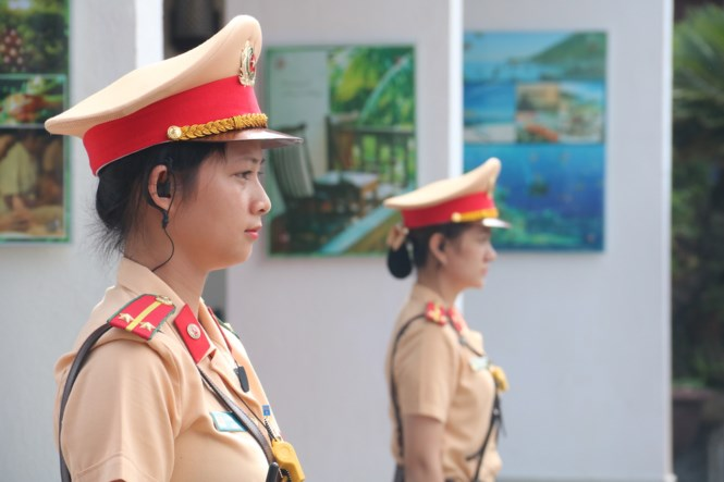 Female traffic police officers' images at APEC 2017