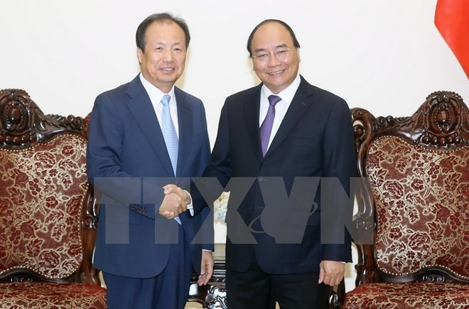 PM pledges optimal conditions for Samsung