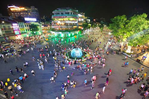 Hanoi opens two more pedestrian streets