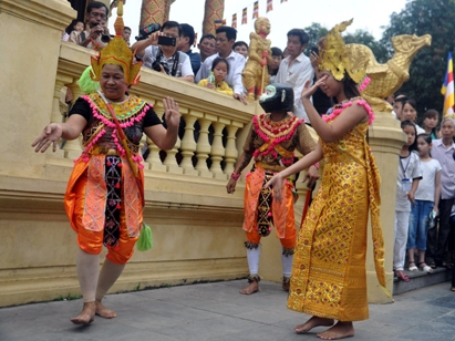 Activities at the Vietnam National Village for Ethnic Culture and Tourism in October