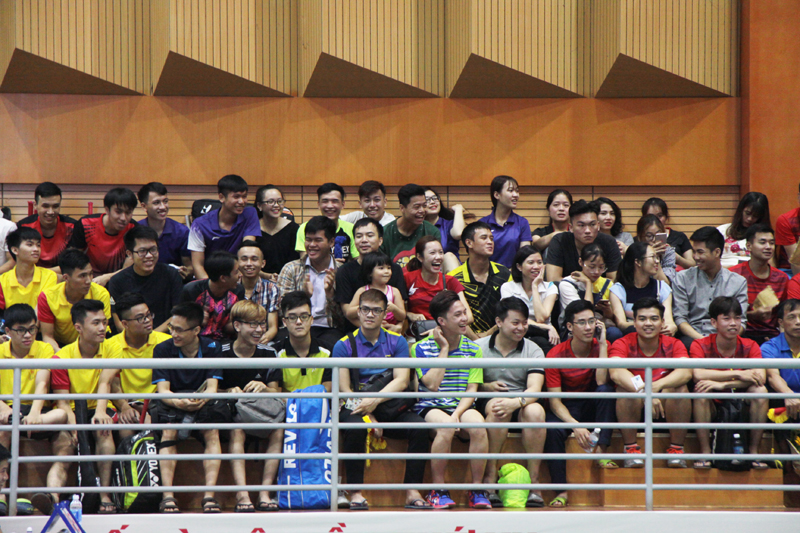 "4th ""Tuoi tre Thu do Newspaper Cup"" student badminton tour kicked off"