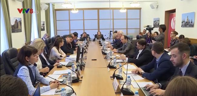 Russia highly praises APEC Year 2017 in Vietnam