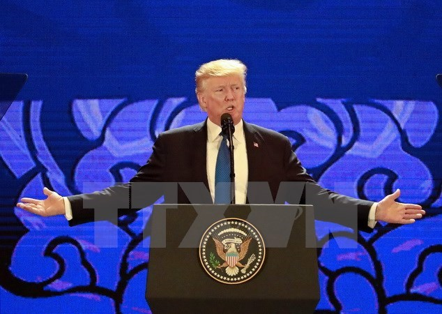 US President hails Vietnam as fastest-growing economy
