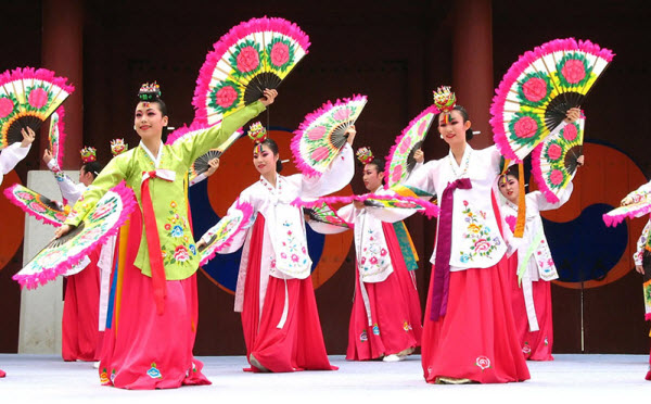 Andong Cultural Day in Hoi An ancient city