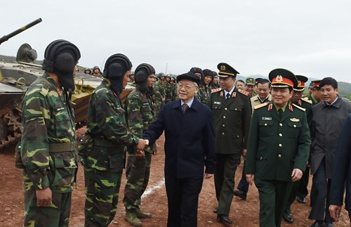 Party leader inspects training at National Shooting School