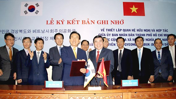 Ho Chi Minh city establishes friendly and cooperative relations with Korean locality