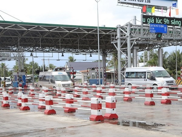 PM halts Cai Lay toll fee collection