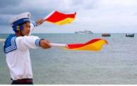 Photo exhibition on Vietnam's sea and islands in Hanoi