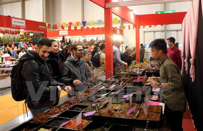 Vietnam's art and handicraft products introduced at international exhibition in Italy