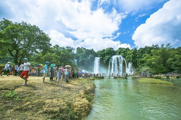 13 million foreigners spend holidays in Vietnam in 2017