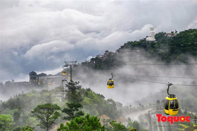 Tourists to Da Nang rise sharply during Christmas and New Year holidays