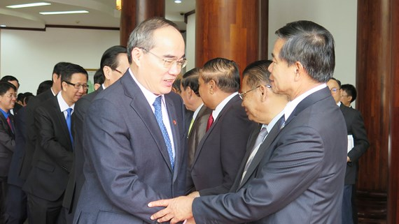 HCMC willing to share development experience with Vientiane