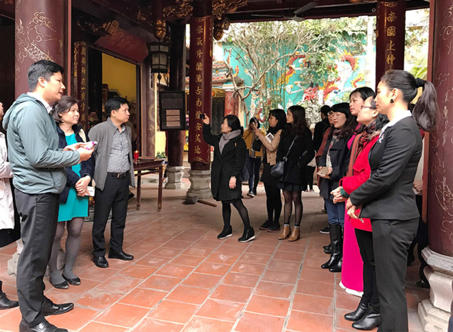 Tour highlights museums, theatres and relics in Hanoi