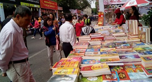Hanoi Spring Book Street 2018 to open on February 18th