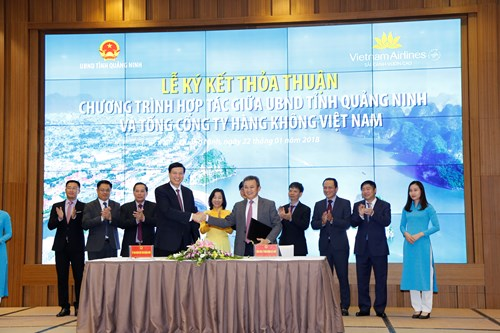 Vietnam Airlines, Quang Ninh cooperate to promote tourism