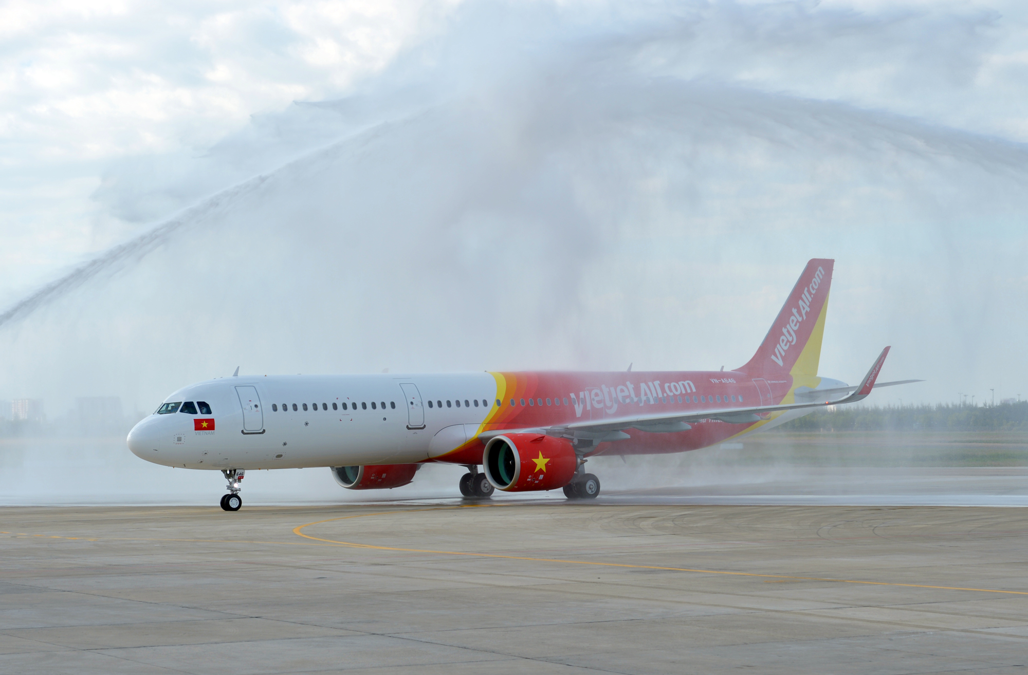 Vietjet Air takes delivery of first A321neo aircraft