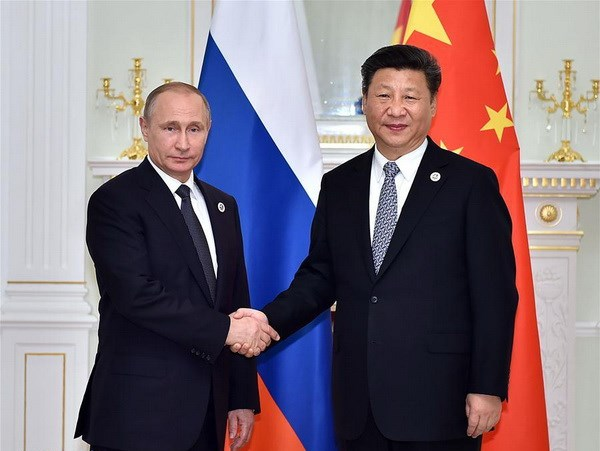Chinese and Russian Presidents exchange New Year greetings