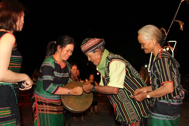 Preserving ethnic culture on M'nong plateau