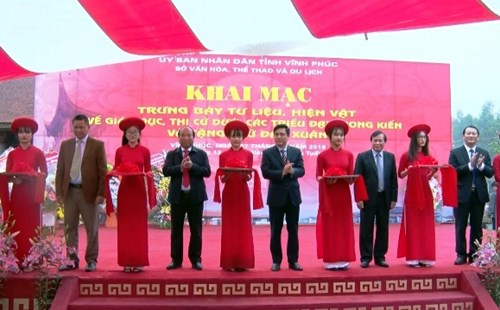 Documents on education in feudal dynasties displayed in Vinh Phuc